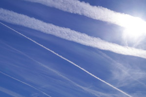 dreamstime_chemtrails